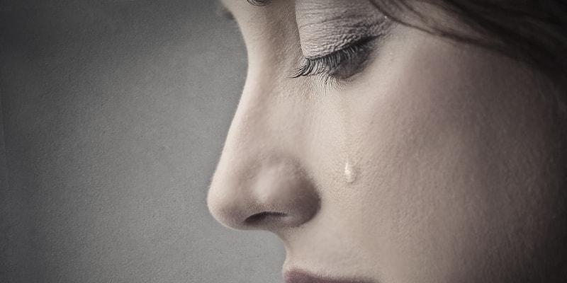感傷的になりやすい人の心理と楽になる方法