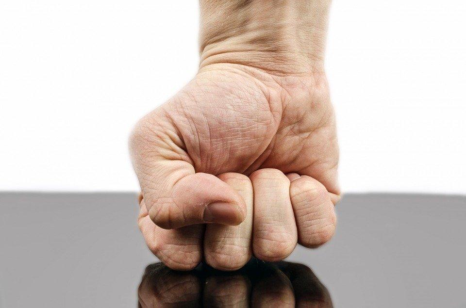 怒りをコントロールする方法