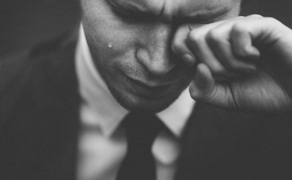 自らの運命を涙と共に受け入れよ
